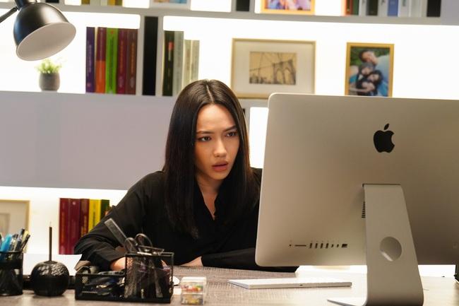 Lộ cảnh 18+ nhạy cảm gây đỏ mặt của Minh Hằng với diễn viên nam giấu mặt  - Ảnh 9.