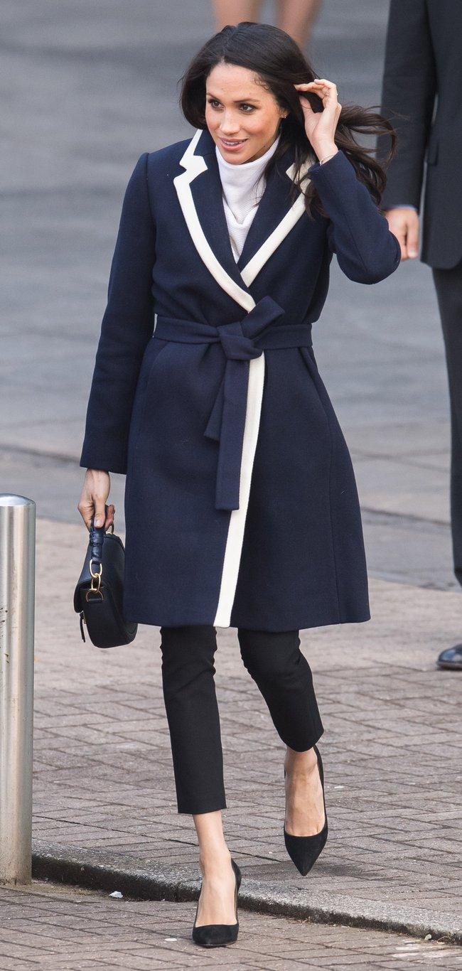 Meghan Markle hóa ra là cao thủ diện áo khoác dáng dài, xem mà học được 11 outfit để style sang như người Hoàng gia - Ảnh 8.