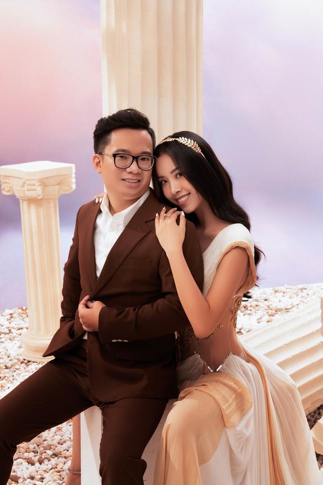 Á hậu Thúy An chính thức tung ảnh cưới đẹp như mơ cùng chồng tiến sĩ, công bố ngày lên xe hoa - Ảnh 8.