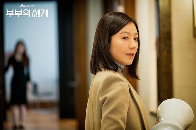 """Son Ye Jin - Kim Hee Ae - Kim Soo Hyun bất ngờ bị cái tên này """"vượt mặt"""" về độ nổi tiếng bất chấp sở hữu phim có rating cao ngất - Ảnh 3."""