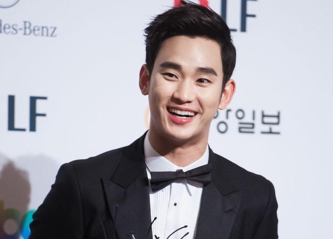 """Son Ye Jin - Kim Hee Ae - Kim Soo Hyun bất ngờ bị cái tên này """"vượt mặt"""" về độ nổi tiếng bất chấp sở hữu phim có rating cao ngất - Ảnh 4."""