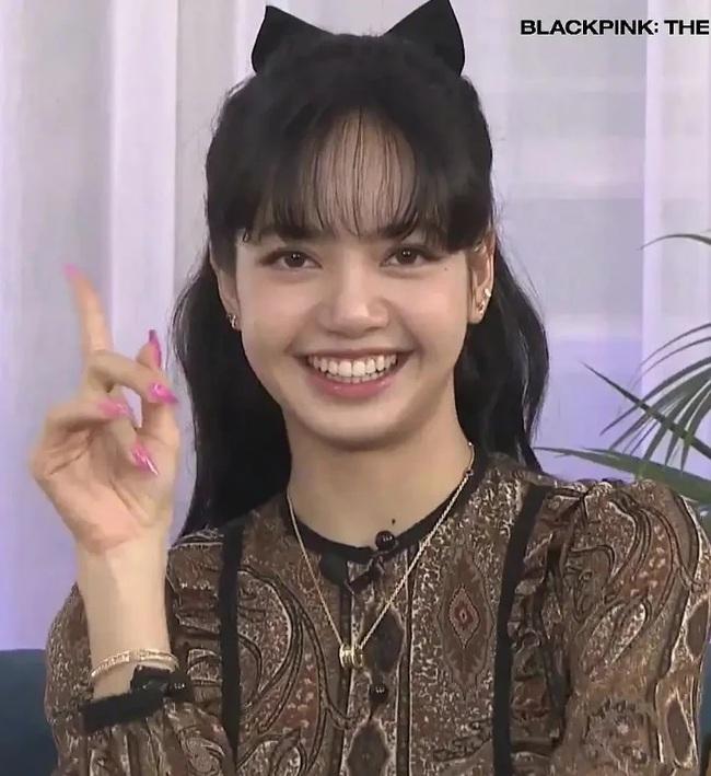 Lisa (BLACKPINK) lộ khuyết điểm có phần kém sang trên gương mặt qua loạt hình chưa chỉnh sửa - Ảnh 3.