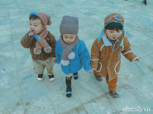 """Bộ ảnh 3 em bé rủ nhau check-in Sapa khiến dân mạng mê mẩn: """"Thanh xuân phải đi Sapa cùng nhóm bạn thân 1 lần"""" - Ảnh 1."""