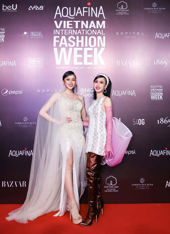 Aquafina Vietnam International Fashion Week ngày cuối: Ngọc Trinh hóa nữ thần, Ninh Dương Lan Ngọc nền nã tựa nàng Tấm  - Ảnh 19.