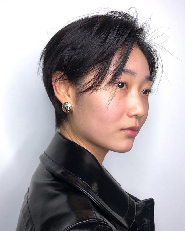 9 kiểu tóc sinh ra để dành cho hội chị em tóc mỏng dính: Không chỉ hack độ dày mà còn tăng gấp bội vẻ sang chảnh - Ảnh 6.