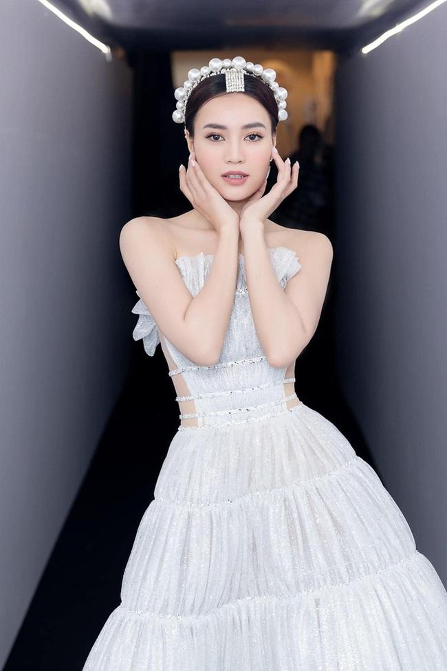 """Vừa vướng drama thái độ với Thuỷ Tiên, Ninh Dương Lan Ngọc lại dính """"nghi án"""" dùng cài tóc Givenchy fake - Ảnh 3."""