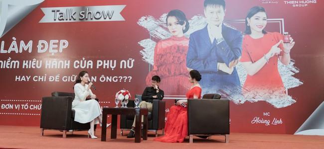 """Những câu nói thẳng của Lê Hoàng về """"cái thòng lọng"""" trên cổ phụ nữ khiến kịch bản 1 talkshow bị phá vỡ - Ảnh 1."""