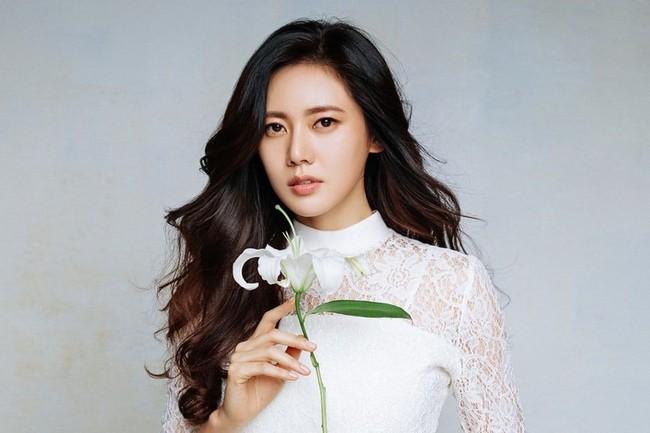 Cuộc sống khác biệt của 3 sao nữ Hàn lấy chồng Trung Quốc - Ảnh 4.