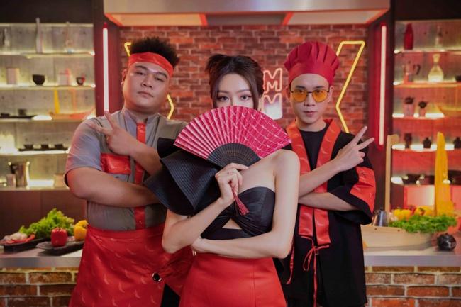 Mừng sinh nhật, Min hóa cô chủ sexy hết cỡ khoe vũ đạo đáng yêu cùng JustaTee và Yuno BigBoi - Ảnh 6.