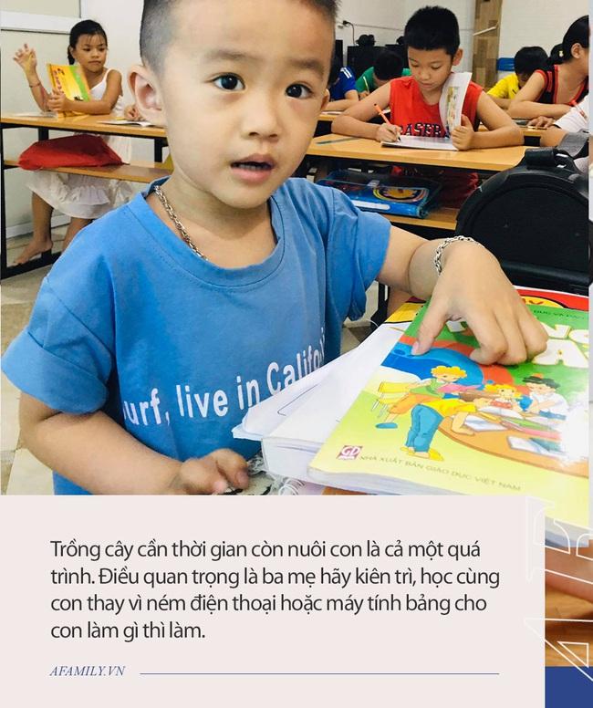 Cậu bé 3 tuổi nói tiếng Anh như gió, người bố tiết lộ bí quyết giúp con tự học phụ huynh nào cũng có thể làm theo - Ảnh 3.