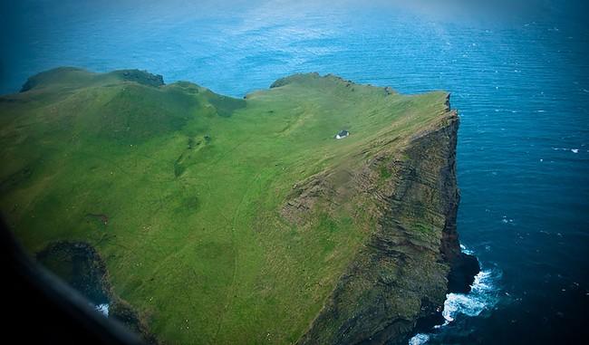 """Sự thật về """"ngôi nhà cô độc"""" bí ẩn nhất thế giới, nằm trơ trọi giữa hòn đảo hoang vắng đẹp như tiên cảnh, khác xa với đồn đoán của cư dân mạng - Ảnh 7."""