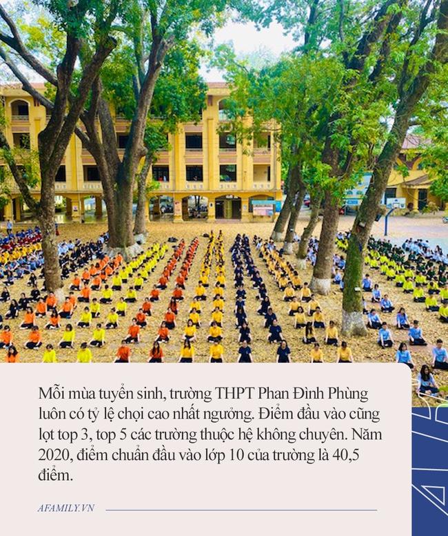 """Trường THPT đình đám ở Hà Nội: Học sinh chọi """"sứt đầu mẻ trán"""" mới giành được suất nhập học, trình độ tiếng Anh mới thật sự khủng - Ảnh 3."""