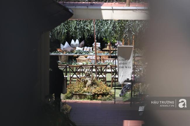 Không gian tiệc cưới bí mật của Tóc Tiên: Khung cảnh lãng mạn như trong phim nhưng đã bị rào kín nội bất xuất, ngoại bất nhập - Ảnh 4.