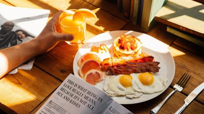 3 thói quen thức dậy vào buổi sáng có thể gây tổn thương gan nhiều hơn là uống rượu - Ảnh 3.