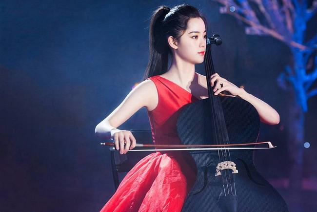 """Dương Tử lại bị chê bai nhan sắc, miệt thị ngoại hình không thể sánh bằng """"thần đồng Cello"""" Âu Dương Na Na - Ảnh 7."""