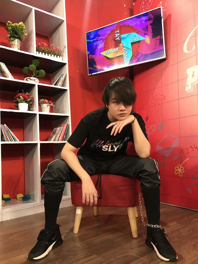 Á quân The Voice Kids gây choáng ở tuổi 16, không còn là cậu bé tóc xù làm náo loạn VBiz năm nào  - Ảnh 6.