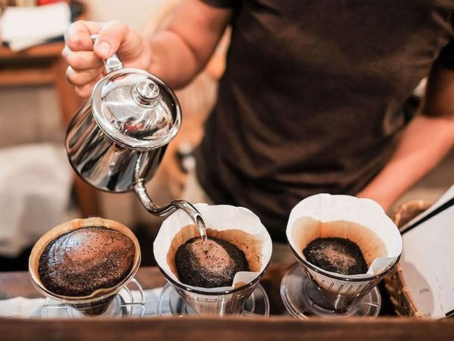 Chuyên gia tiết lộ bí quyết uống 3 ly cà phê một ngày mà không sợ ảnh hưởng sức khỏe, chị em nào thường xuyên uống nên đọc - Ảnh 3.