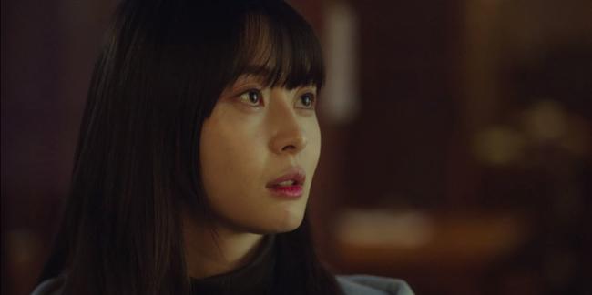 """Thương lắm Soo Ah (Itaewon Class): Xinh như búp bê nhưng không được tô son cho tử tế, khiến dân tình la ó """"không thể tập trung xem phim nổi""""  - Ảnh 1."""