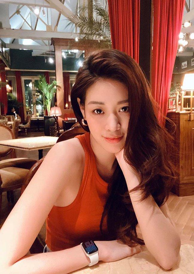 Khánh Vân đẹp ngọt ngào trong bức hình mới.
