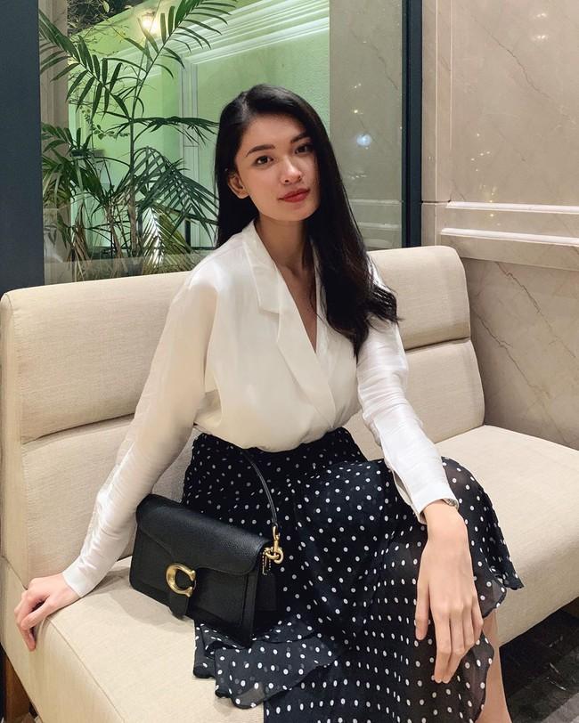 Á hậu Thùy Dung có bao ý tưởng diện váy đẹp xinh và thanh lịch thế này, chị em không tham khảo thì quá phí - Ảnh 9.