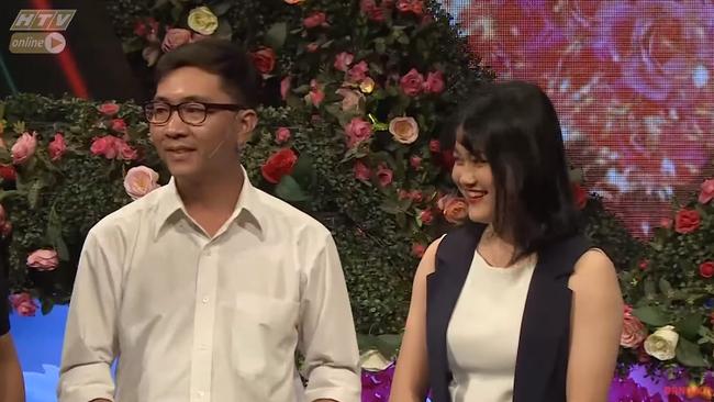 """""""Bạn muốn hẹn hò"""": Chàng tài xế chinh phục bạn gái bằng câu nói """"siêu thính"""" khiến Hồng Vân - Quyền Linh cũng phải tự hào - Ảnh 19."""