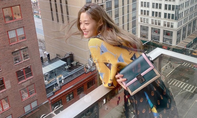 Nữ thần tượng Seolhyun (AOA) bị netizen chỉ trích thậm tệ khi thản nhiên đăng tải hình ảnh du lịch vui vẻ trong khi Hàn Quốc đang đối mặt với dịch Covid-19 - Ảnh 2.