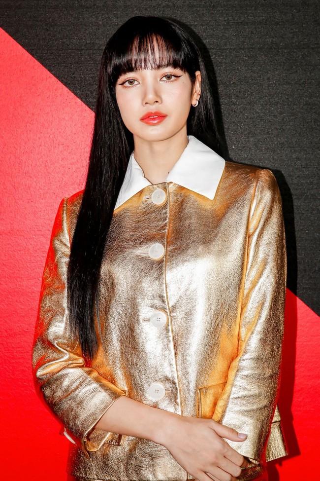 """""""Produce 101"""" bản Trung vừa tung poster đã bị chỉ trích vì ưu ái Lisa (BLACKPINK) một cách lộ liễu - Ảnh 9."""
