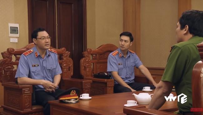 """""""Sinh tử"""" tập 72: Việt Anh tàn độc cho đàn em chích điện người đã che giấu để Trọng Hùng bỏ trốn - Ảnh 10."""