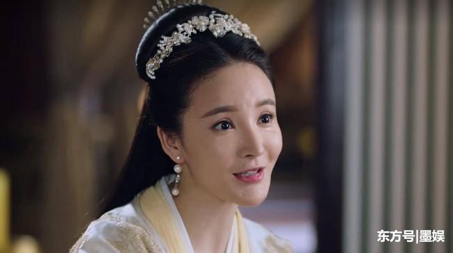 """""""Tam sinh tam thế Chẩm thượng thư"""": Lộ thêm ảnh Lưu Vũ Hân cấp cứu vì tự sát, van xin fan đừng chỉ trích cô - Ảnh 3."""