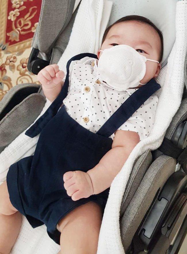 Sau 3 tháng làm mẹ bỉm sữa, Lan Khuê mách hội chị em cách xử lý 6 vấn đề thường gặp ở trẻ sơ sinh - Ảnh 4.
