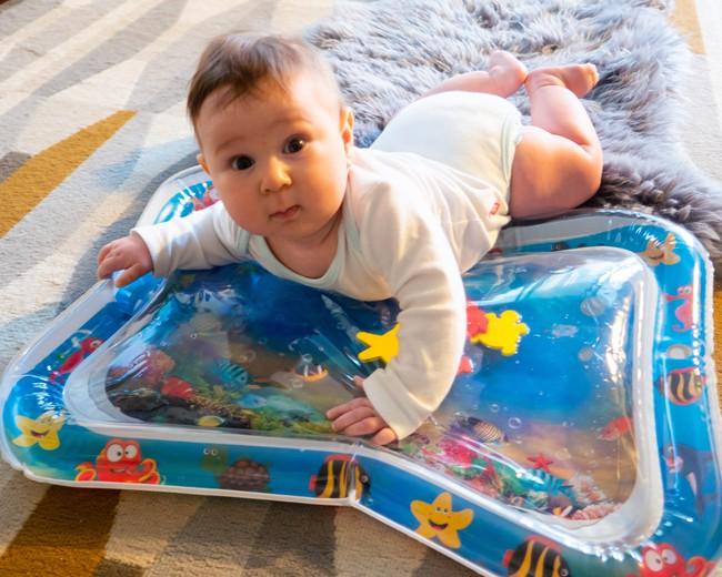 Nếu em bé của bạn có những đặc điểm này, xin chúc mừng bạn sẽ có một đứa con thông minh vượt trội trong tương lai - Ảnh 3.