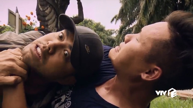 """""""Sinh tử"""" tập 73: Gặp Mạnh Trường để cầu cứu, Trọng Hùng bị đàn em của Việt Anh siết cổ đến suýt chết - Ảnh 4."""