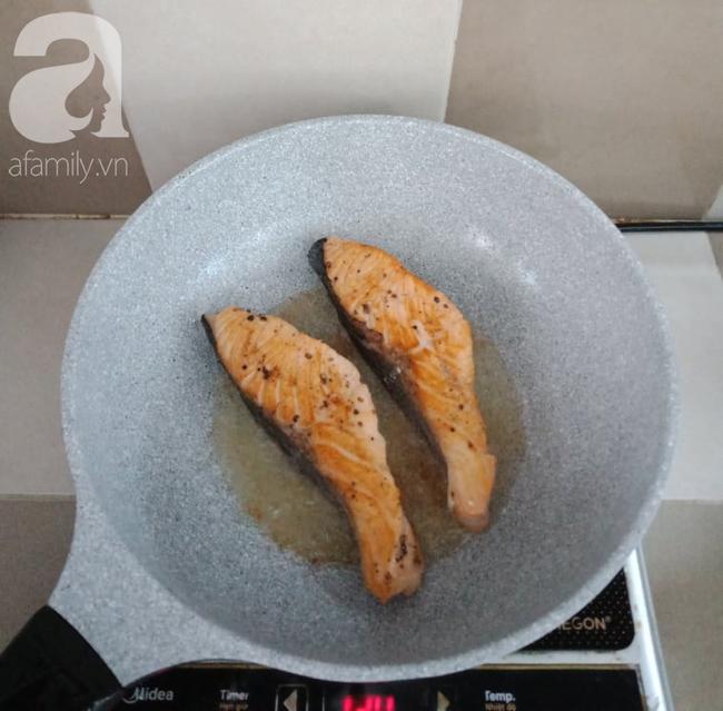 Để có món cá hồi áp chảo ngon đẹp như nhà hàng, bạn chớ bỏ qua bài viết này! - Ảnh 4.