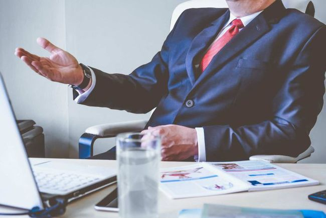 Khuyên dân công sở đừng chọn công việc mà hãy chọn sếp, nàng công sở nhiều nhận ý kiến trái chiều từ dân mạng - Ảnh 3.