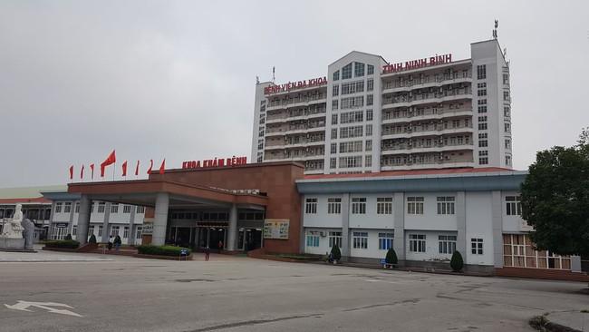 Ninh Bình: Kết quả xét nghiệm Covid-19 của 4 du khách đi cùng chuyến bay với cô gái BN17 - Ảnh 3.