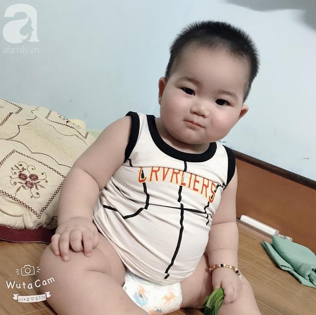 Hội mẹ bỉm thích thú vì cậu bé mập ú 1 tuổi đã 17kg, ai nhìn cũng muốn bế nhưng chỉ được vài phút là trả vì... nặng - Ảnh 7.