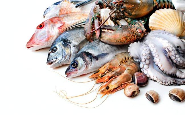 Bé gái 8 tuổi tử vong vì ngộ độc hải sản và những lưu ý cha mẹ cần nhớ khi cho trẻ ăn loại thực phẩm này - Ảnh 3.