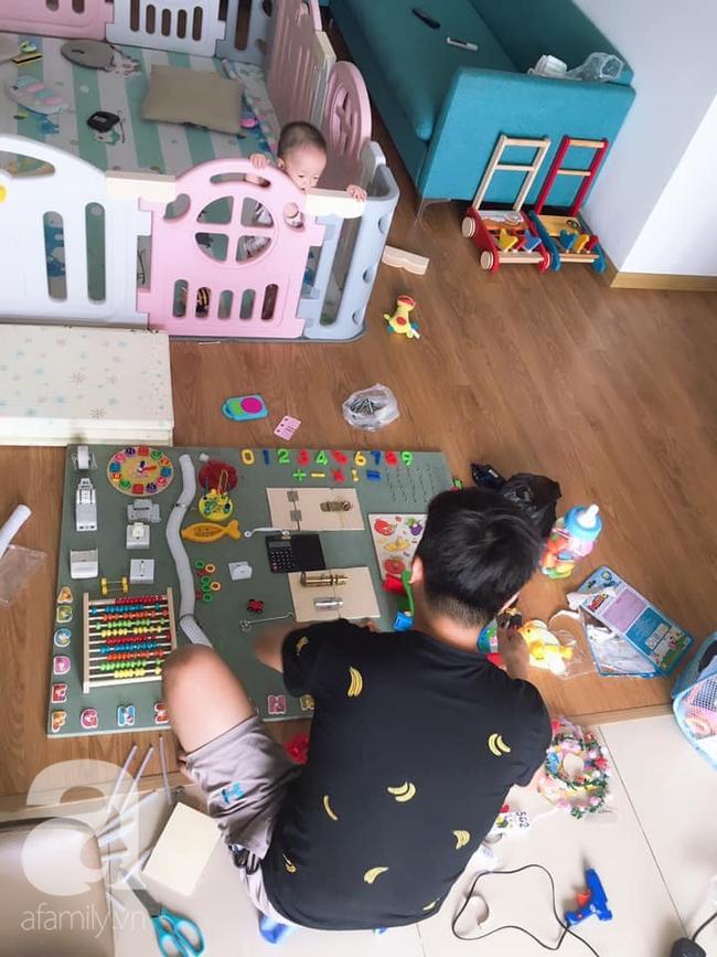 Tự mày mò làm cho con gái chiếc bảng bận rộn, ông bố trẻ tiết kiệm được 1 triệu, trẻ con hàng xóm kéo nhau sang chơi cùng - Ảnh 6.