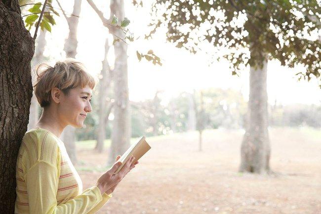 Phụ nữ thích đọc sở hữu 6 điều nổi trội hơn người thường, khí chất ngời ngời là đây chứ đâu! - Ảnh 2.