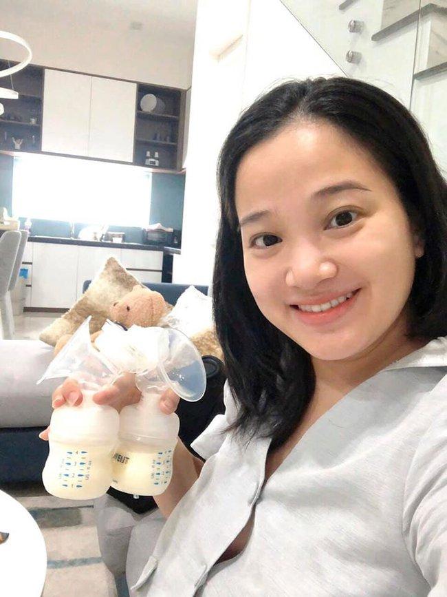 MC Hồng Phượng tiết lộ mỗi ngày uống 2 loại nước để sữa về nhanh sau sinh mổ và còn thừa sữa trữ đông cho con - Ảnh 4.