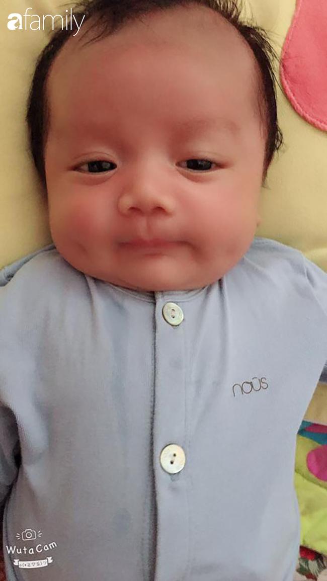 Em bé khiến dân mạng mê tít vì thân hình nần nẫn, gần 1 tuổi nặng 18kg và loạt câu chuyện hài hước phía sau. - Ảnh 2.