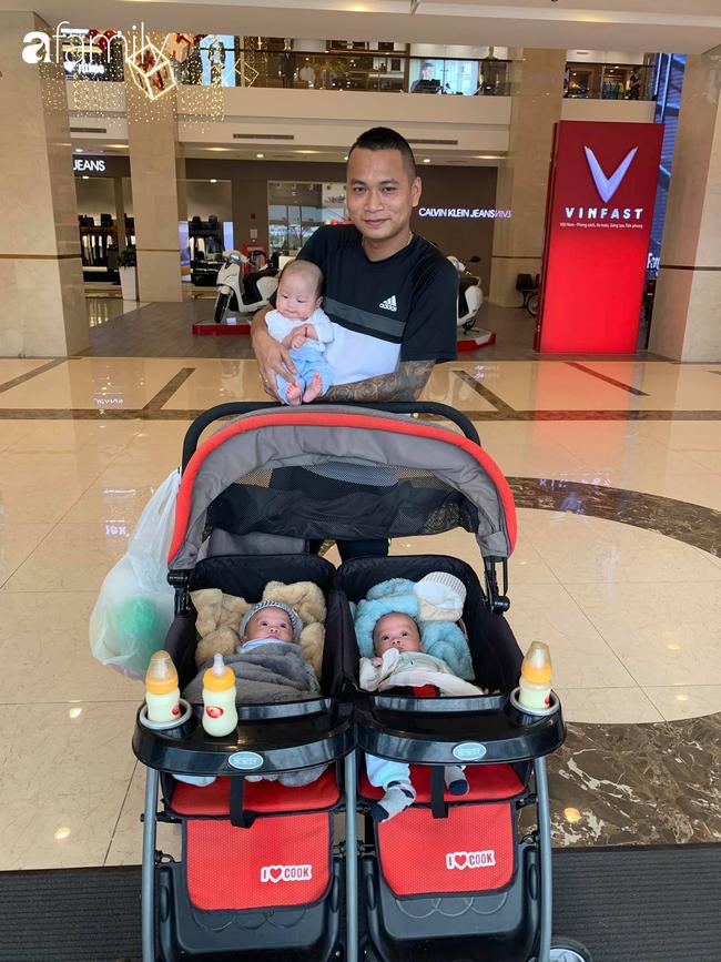 Hé lộ cuộc sống của gia đình bỉm sữa sinh ba: 2 tháng đầu gần như trắng đêm, bà nội, ngoại và 2 người giúp việc hỗ trợ mới xuể - Ảnh 10.