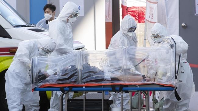 """Mỹ: Tịch thu nhiều bộ dụng cụ xét nghiệm COVID-19 """"fake"""" ngay tại sân bay, chặn đứng nguy cơ nhiều ca nhiễm bị chẩn đoán sai vì hàng giả - Ảnh 3."""