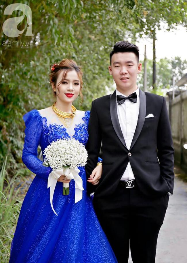 """Khoe ảnh vợ diện váy cưới xanh nõn chuối trong ngày cưới, chú rể tiết lộ sự thật bất ngờ đằng sau màn thay váy """"nhanh như chớp"""" - Ảnh 5."""
