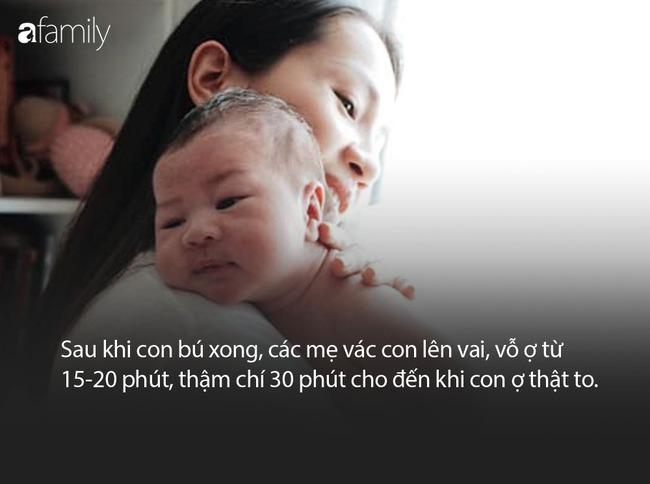 Bà xã ca sĩ Hoàng Bách mách các mẹ mẹo giảm tình trạng nôn trớ ở trẻ sơ sinh - Ảnh 2.