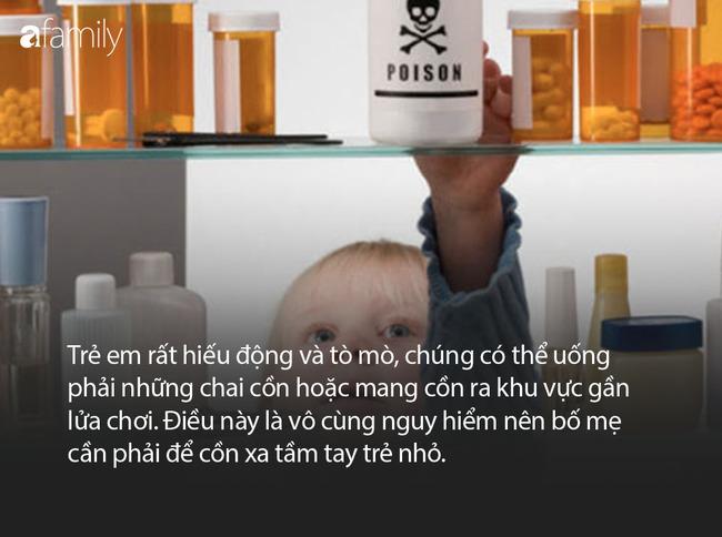Mùa dịch Covid-19: Nhà nhà mua cồn pha nước rửa tay sát khuẩn, nếu không cẩn thận bố mẹ sẽ khiến trẻ nhỏ gặp nhiều nguy hiểm khó lường - Ảnh 4.