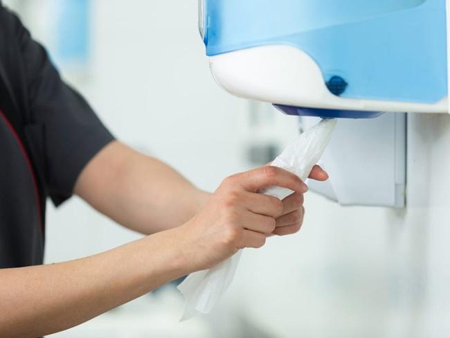 Rửa tay bằng xà phòng thôi chưa đủ! UNICEF khuyến cáo thêm 1 bước cuối cùng nhưng đặc biệt quan trọng rất nhiều người bỏ qua - Ảnh 3.