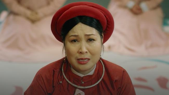 """""""Phượng Khấu"""" tập 3: Em gái Trấn Thành xuất hiện, bị đánh tan nát vì làm cung nữ lật mặt phản chủ - Ảnh 9."""