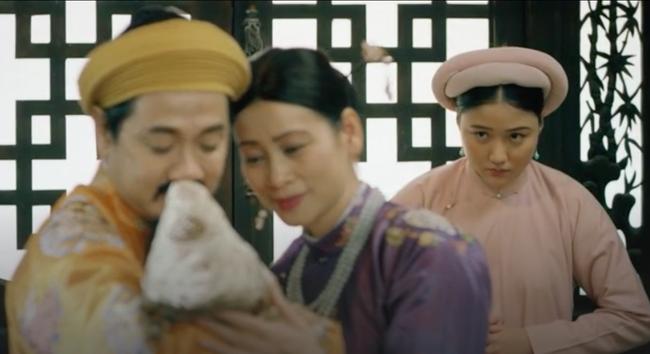 """""""Phượng Khấu"""" tập 3: Em gái Trấn Thành xuất hiện, bị đánh tan nát vì làm cung nữ lật mặt phản chủ - Ảnh 4."""