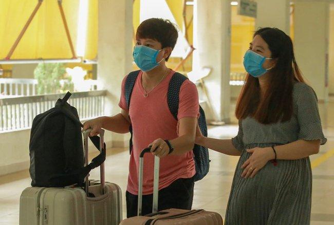 Đôi vợ chồng trẻ trở về từ Vũ Hán vỡ oà hạnh phúc khi hết thời gian cách ly được sinh con ngay tại quê nhà - Ảnh 7.